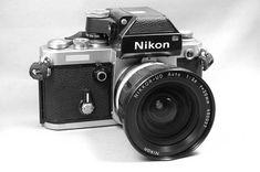 Nikon F2 Photomic SB (1976 to 1977) Slr Film Camera, Camera Gear, Camera Photography, Vintage Photography, Nikon F2, Antique Cameras, System Camera, Light Meter, Fotografia