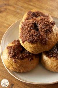 Cinnamon Crunch Pumpkin Bagels {with Whipped Pumpkin Pie Cream Cheese} - A Kitchen Addiction