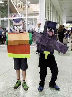 #Cardboard box costumes and creations stole the #Minecon show in London. Not the release of #Minecraft: #StoryMode