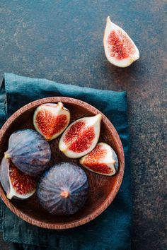 Top view of ripe quartes figs in a wooden small bowl on a table photo by Edalin on Envato Elements Fruit And Veg, Fruits And Vegetables, Happy Birthday Video, Delicious Fruit, Summer Fruit, Top View, Food Photo, Food Art, A Table
