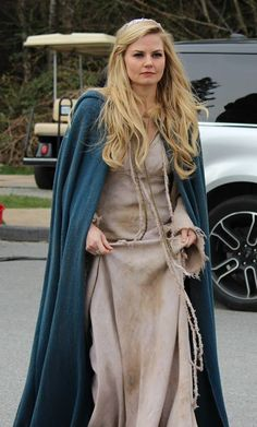 Jennifer Morrison on the set of Once Upon A Time - April 02, 2014. What are these new outfits for??? WHAT'S GOING ON?!?