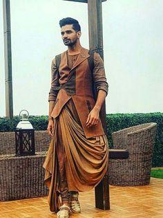 Mens Indian Wear, Indian Groom Wear, Indian Men Fashion, Mens Fashion Wear, Wedding Dress Men, Indian Wedding Outfits, Wedding Suits, Indian Outfits, Wedding Men
