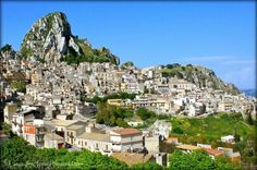 Caltabellotta http://fractionsoftheworld.com/2014/12/09/5-medieval-towns-in-sicily-worth-visiting/