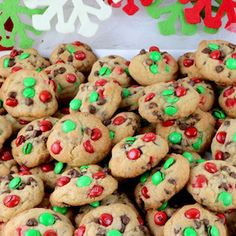 These bite-sized Christmas M&M Mini Cookies are a fun take on a classic Chocolate Chip Cookie and look so Christmas-y with the Red & Green M&M's. Christmas Sugar Cookies, Christmas Sweets, Holiday Cookies, Christmas Baking, Christmas Gifts, Bite Size Cookies, Mini Cookies, Snowball Cookies, Crinkle Cookies