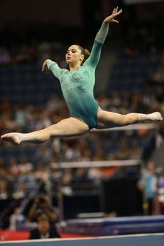 the female form when associated with sport and fitness Gymnastics Events, Gymnastics Images, Amazing Gymnastics, Sport Gymnastics, Artistic Gymnastics, Olympic Gymnastics, Acrobatic Gymnastics, Olympic Badminton, Olympic Games Sports