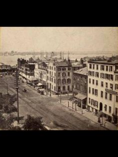 1875 . Battery St and Broadway (NYPL)