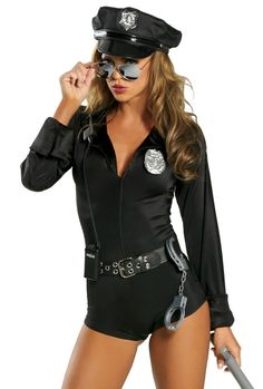 Couples Halloween Costumes - Cops and Robbers. Ideas for couples costumes are cops and robbers costumes. Cop costume and prisoner costumes for Halloween. Costumes Sexy Halloween, Hallowen Costume, Cute Costumes, Costumes For Women, Police Costumes, Cheap Halloween, Pirate Costumes, Halloween 2013, Cops And Robbers Costume