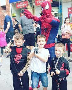 """With great power comes great responsibility 🕷 #Spider-Man #spiderman #spidermancosplay #cosplay #essex #kids #cute #instakids #invasioncolchester #comics #instagood #saturday #colchester #comicbook #hero #heroes #superheroes #superherocosplay"" by @haylestormz. #ganpatibappamorya #dilsedesi #aboutlastnight #whatiwore #ganpati #ganeshutsav #ganpatibappa #indianfestival #celebrations #happiness #festivalfashion #festivalstyle #lookbook #pinksuit #anarkali #festivaloutfit #desigirl #nehamalik…"