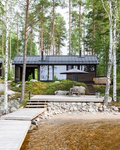 Lakeside sauna in Finland Bungalow, Haus Am See, Cabins And Cottages, Log Cabins, River House, Cabins In The Woods, Cabana, Sustainable Architecture, Residential Architecture
