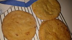 Mørlefse fra Senja – Alfhilds Cornbread, Muffin, Food And Drink, Cheese, Baking, Breakfast, Ethnic Recipes, Desserts, Alternative