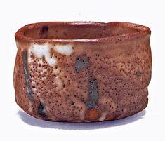 one of my favorite Japanese potters Kato Tokuro. his famed murasaki shino or purple shino matcha chawan or teabowl Ceramic Decor, Ceramic Cups, Ceramic Pottery, Pottery Art, Ceramic Art, Japanese Ceramics, Japanese Pottery, Japanese Art, Matcha