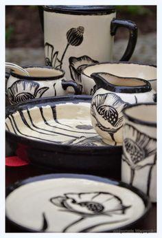 #polandhandmade #zestaw #ceramika #ceramics #pottery #plates #mug #sgraffito