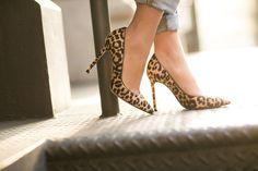 Casual Leo :: Boyfriend jeans & Leopard pumps