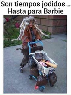 😂😂 Get your NEW CALI BARBIE at a store near you! Comes with fake poop and needles. Collect them all to create your very own homeless… Humor Barbie, Barbie Funny, Bad Barbie, Barbie And Ken, Barbie Dolls, Girl Barbie, Barbie Life, Dolls Dolls, Art Dolls