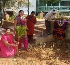 Bangalore Hanumanthanagar #LionsClub (India) planted trees in a park