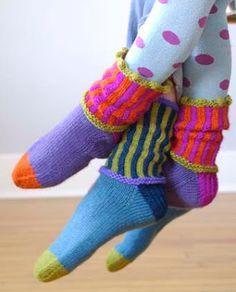 Kristin Knits book - knit socks (by Kristin Nicholas) Diy Tricot Crochet, Crochet Socks, Knitted Slippers, Knit Socks, Loom Knitting, Knitting Socks, Knitting Patterns Free, Hand Knitting, Lots Of Socks