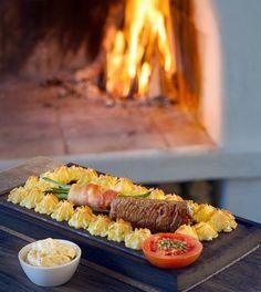 Klassisk plankstek – Bara en kaka till Beef Wellington, Low Carb Bagel, Food Inspiration, Cobb Salad, Sushi, Salads, Recipies, Dessert Recipes, Cooking