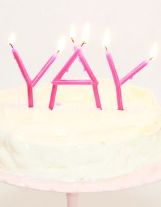PARTY   YAY Candles #minimode Diy Birthday, Birthday Parties, Happy Birthday, Diy Candles, Homemade Candles, Pink Sweets, Holiday Cupcakes, Balloon Decorations Party, Birthday Cake Decorating