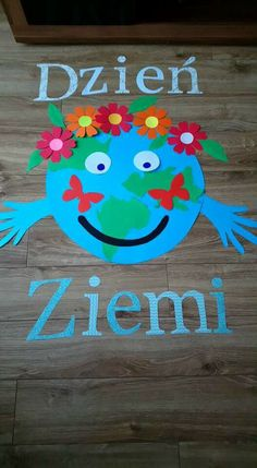 Classroom Board, Earth Day, Have Some Fun, Tweety, Montessori, Crafts For Kids, Preschool, Jar, Education