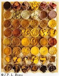 Ochre shades. Spicy! #ocker #gelb #braun #warm  #gewürze