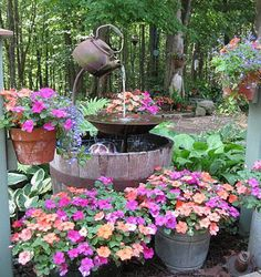 teapot fountain - from the best DIY projects http://thegardeningcook.com/best-diy-projects/