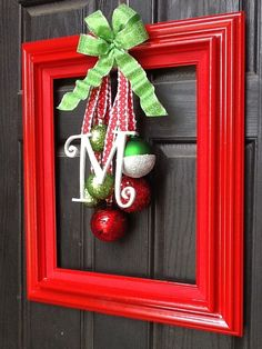 Christmas door decoration | Christmas. Could also be painted & changed out for the different holidays/seasons!
