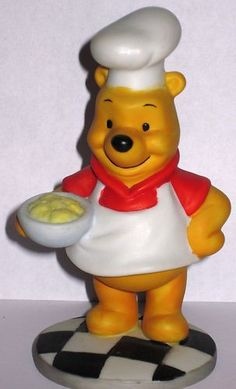 Winnie The Pooh Chef Ceramic Figurine Disney 4 5 inches Tall on Pedestal