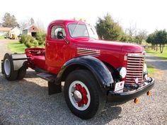 Old International Trucks | ... Used for sale Kb 11 International Tractor | Classic old Antique Trucks