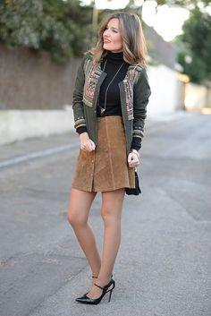 ante_3 Brown Leather Skirt, Gorgeous Women, Hosiery, Fall Winter, Autumn, Fall Outfits, Fashion Dresses, Women Wear, Fashion Looks