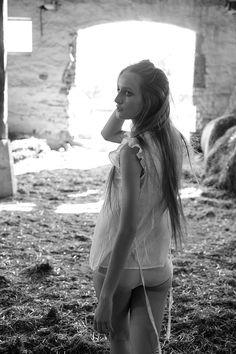 #igordrozdowski model in countryside