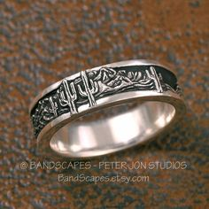 ARIZONA South-West Landscape – A Highly Detailed Wedding Band in Sterling Silver, Mountains, Cactus, Source by etsy Cowgirl Jewelry, Western Jewelry, Western Rings, Western Wedding Rings, Western Engagement Rings, Cowgirl Bling, Solitaire Engagement, Cute Jewelry, Jewelry Rings