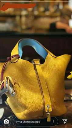 handbags and purses leather