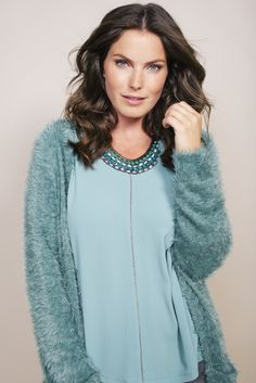 Soft Cardigan | Knit | Fashion | Plussize fashion | Fluffy vest | Lang vest