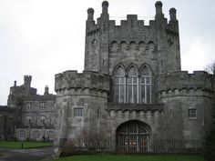 magnificent_reallife_castles_that_look_like_they_were_built_in_fairytales_640_09