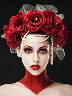 Rebecca Saray - Dark Fantasy - Fashion - Gothic - Couture - Regal - Queen - Red Dress - Alice In Wonderland - Queen Of Hearts Red Makeup, Makeup Art, Makeup Looks, Red Queen Makeup, Queen Of Hearts Makeup, Lolita Makeup, Makeup Ideas, Beauty Makeup, Maquillage Halloween