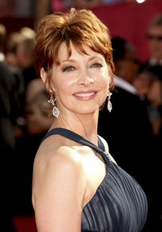 Actress Sharon Lawrence Nypd Blue Sharon Lawrence Pinterest