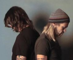 Dave Grohl and Taylor Hawkins from Foo Fighters The two greatest drummers of my generation ❤️❤️