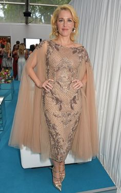 Pin for Later: Les Glamour Awards Étaient Très . . . Glamour! Gillian Anderson
