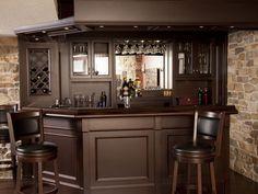 Basement Bar with Granite - Custon Home Bars