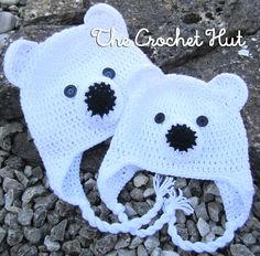 You won't feel chilly this winter with this little fellow. Here is the free pattern. Please note that all terms used are English. Sizes Small, medium and large Materials DK weight wool in whit. Crochet Bear Hat, Crochet Animal Hats, Crochet Kids Hats, Cute Crochet, Crochet Projects, Crochet Patterns, Free Pattern, Note, English Uk