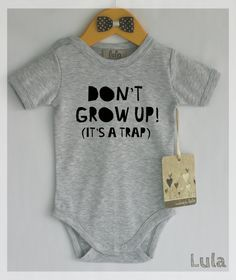 Wachsen Sie nicht auf Babykleidung. Niedliche von HandmadeByLula