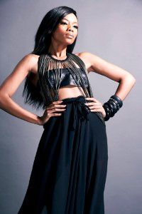 Glamorous, Sassy, beautiful, stylish and talented Bonang Matheba. A style icon and a media Queen. Most Beautiful Women, Beautiful People, South African Celebrities, African Actresses, African Models, New Africa, Queen B, African Fashion, African Beauty