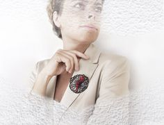 Brooch contemporary modern jewelry design OOAK FREE by DeUno