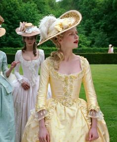 Top 10 Yellow Movie Dresses Elizabeth: The Golden Age Dangerous Liaisons The Young Victoria Marie Antoinette Mirror Mirror Titanic 18th Century Dress, 18th Century Costume, 18th Century Fashion, Marie Antoinette Movie, Marie Antoinette Costume, Historical Costume, Historical Clothing, Rococo Fashion, Vintage Fashion