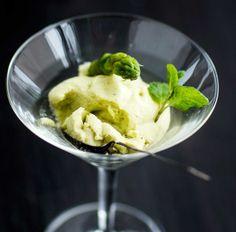 Asparagus mousse - Parsamousse, resepti – Ruoka.fi Mousse, Asparagus Recipe, Ice Cream, Desserts, Recipes, Glass, Food, Asparagus, No Churn Ice Cream