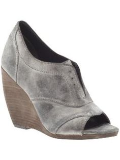 I can't rock the oxford look...but if I were going to then these would be the ticket.