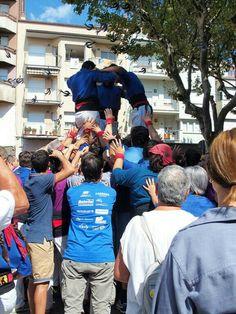La força de la gent Castellers de Berga