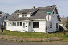 See this home on Redfin! 1500 Bay Ave, Aberdeen, WA 98520 #FoundOnRedfin