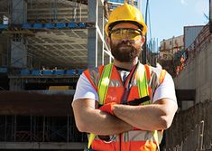 Staying safe in construction Construction Safety, Construction Worker, Safety Management System, Project Management, Effective Communication Skills, Safety Training, 40 Hours, New Employee, Emergency Response