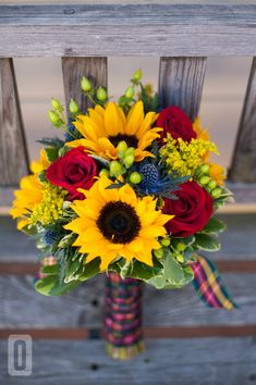 wedding flowers. tartan wedding!